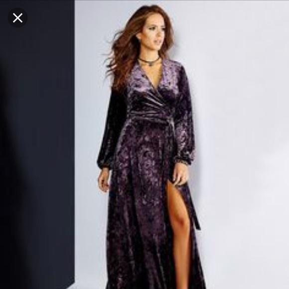 89484ce3e1 New Gianni bini maxi velvet dress